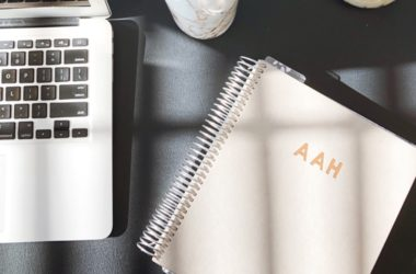 3 Things to Include in a Virtual Assistant Contract