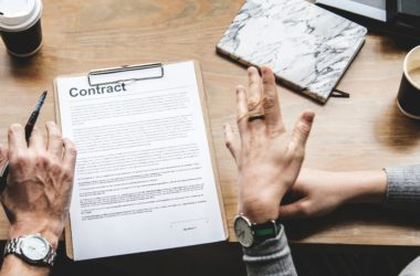 Influencer Contracts – What You Need to Know